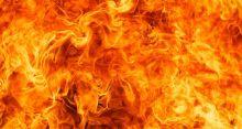13 shops gutted down in Kamrangirchar fire