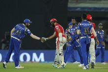 Amla's maiden T20 century in vain