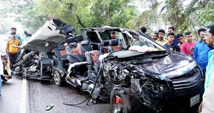 essay about road accident in bangladesh According to the report, a total of 3,412 people were killed and 8,572 others injured in 2,998 road accidents in 2016, a 35% fall since 2015.