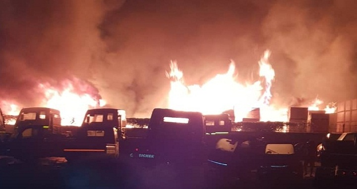 Fire engulfs several trucks at Benapole Land Port on Sunday, June 3m 2018. Photo: UNB
