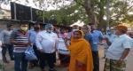 গোদাগাড়ীতে উপজেলা চেয়ারম্যানের খাদ্যসামগ্রী বিতরণ