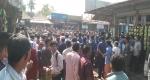 লালমনিরহাটের কালীগঞ্জ থানার ওসি প্রত্যাহারের দাবিতে সড়ক অবরোধ