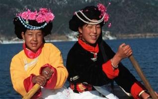 চীনের যে সমাজে নারীদের রাজত্ব, পুরুষের কাজ শুধু শয্যাসঙ্গী হওয়া