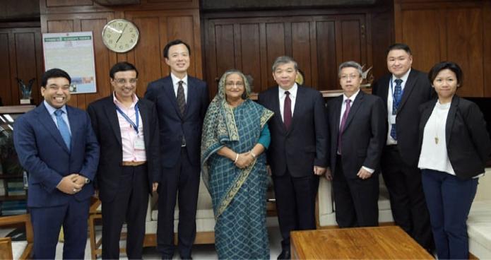 প্রধানমন্ত্রী শেখ হাসিনার সাথে মঙ্গলবার তাঁর জাতীয় সংসদ ভবনের কার্যালয়ে Singapore Business Federation (SBF) এর প্রতিনিধিদল সৌজন্য সাক্ষাৎ করে-এবিনিউজ