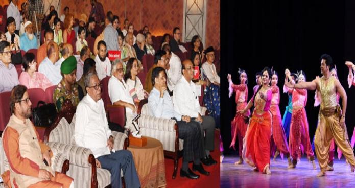 শনিবার ঢাকায় রাষ্ট্রপতি মোঃ আবদুল হামিদ শিল্পকলা একাডেমীর জাতীয় নাট্যশালায় ১৮তম দ্বিবার্ষিক এশীয় চারুকলা প্রদর্শনী এর উদ্বোধন অনুষ্ঠান উপভোগ করেন-এবিনিউজ