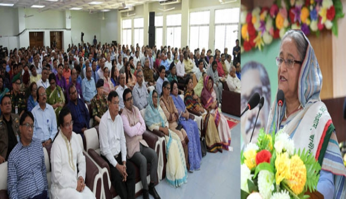 শনিবার প্রধানমন্ত্রী শেখ হাসিনা ঢাকা বিশ্ববিদ্যালয়ে রোকেয়া হলের নবনির্মিত ৭ মার্চ ভবন উদ্বোধন অনুষ্ঠানে বক্তৃতা করেন-এবিনিউজ