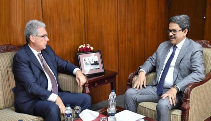 মঙ্গলবার পররাষ্ট্র প্রতিমন্ত্রী মো. শাহরিয়ার আলমের সাথে তাঁর সাথে অফিসক্ষে ইতালির রাষ্ট্রদূত Mario Palma বিদায়ি সাক্ষাৎ করেন-এবিনিউজ