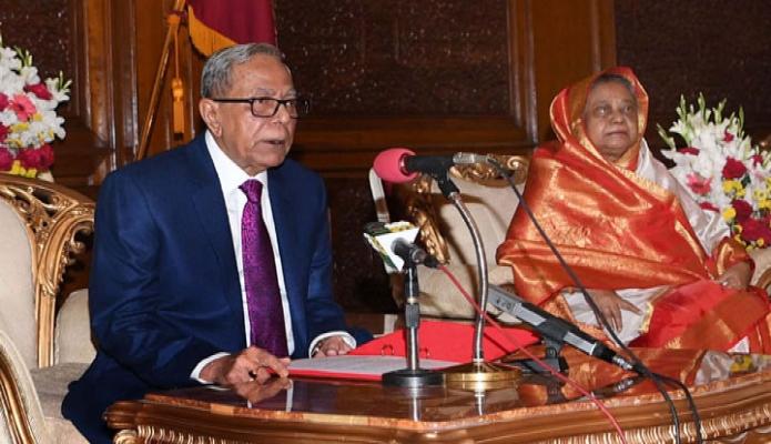 মঙ্গলবার  রাষ্ট্রপতি মোঃ আবদুল হামিদ ঢাকায় বঙ্গভবনে শুভ বড়দিন উপলক্ষে খ্রিষ্টান সম্প্রদায়ের প্রতি শুভেচ্ছা বার্তা প্রদান করেন-পিআইডি