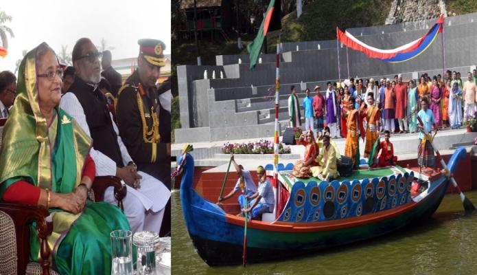 মঙ্গলবার প্রধানমন্ত্রী শেখ হাসিনা গাজীপুরে বাংলাদেশ আনসার ও গ্রাম প্রতিরক্ষা বাহিনীর ৩৯তম জাতীয় সমাবেশে বাহিনীর সদস্যদের পরিবেশিত সাংস্কতিক অনুষ্ঠান উপভোগ করেন -পিআইডি