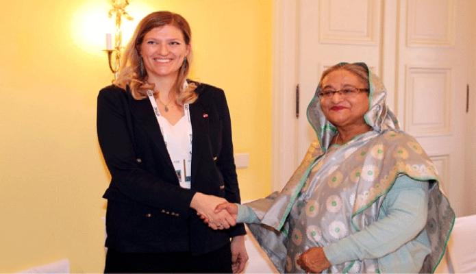 বৃহস্পতিবার প্রধানমন্ত্রী শেখ হাসিনার সাথে  জার্মানির মিউনিখে Bayerischer Hof  হোটেলে The International Campaign to Abolish Nuclear Weapons -এর নির্বাহী পরিচালক Beatrice Fiha সাক্ষাৎ করেন -পিআইডি