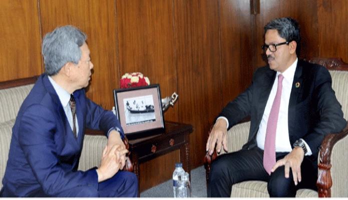 সোমবার পররাষ্ট্র প্রতিমন্ত্রী মোঃ শাহরিয়ার আলমের সাথে মন্ত্রলালয়ের সভাকক্ষে দক্ষিণ কোরিয়ার রাষ্ট্রদূত Hk Kang-il সাক্ষাৎ করেন -পিআইডি