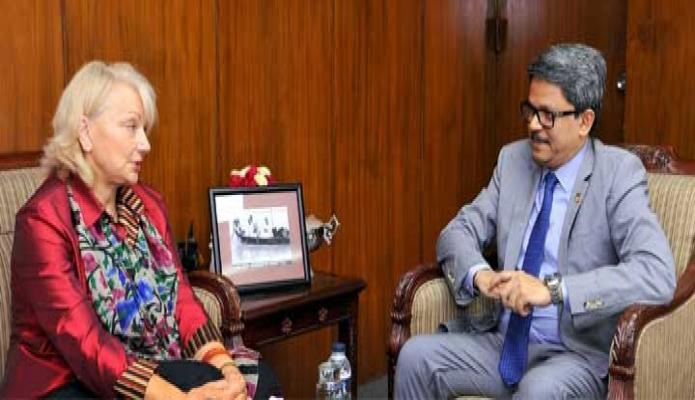 মঙ্গলবার পররাষ্ট্র প্রতিমন্ত্রী মোঃ শাহ্রিয়ার আলমের সাথে তার অফিসকক্ষে Ambassador of Australin for Women and Girls Dr.Sharman Stone  সাক্ষাৎ  করেন -পিআইডি
