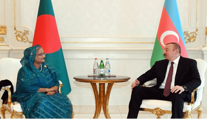 শনিবার আজারবাইজানের রাষ্ট্রপতি Ilham Aliyev এর সাথে তাঁর প্রেসিডেন্সিয়াল প্যালেসে প্রধানমন্ত্রী শেখ হাসিনা বৈঠক করেন -পিআইডি