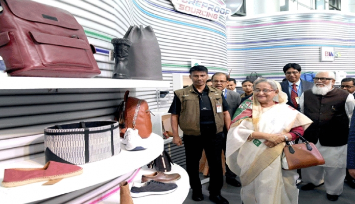 বুধবার প্রধানমন্ত্রী শেখ হাসিনা ঢাকায় বঙ্গবন্ধু আন্তর্জাতিক সম্মেলন কেন্দ্রে Banglades Leather Footwear and Leathegoods International Sourcing Show 2019! এর উদ্বোধন শেষে বিভিন্ন প্যাভিলিয়ন এবং স্টল ঘুরে দেখেন -পিআইডি