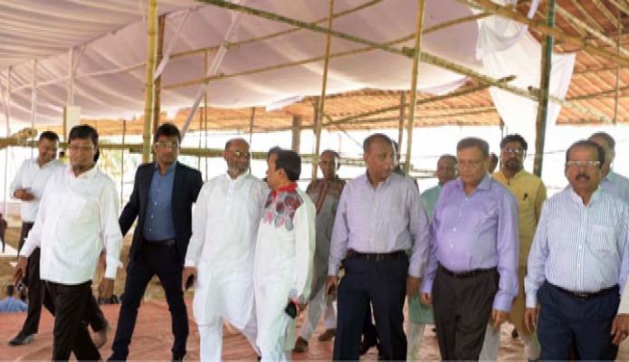 বুধবার তথ্যমন্ত্রী ড. হাছান মাহমুদ ঢাকায় সোহরাওয়ার্দী উদ্যানে আওয়ামী লীগ সম্মেলন মঞ্চ পরিদর্শন  করেন-পিআইডি