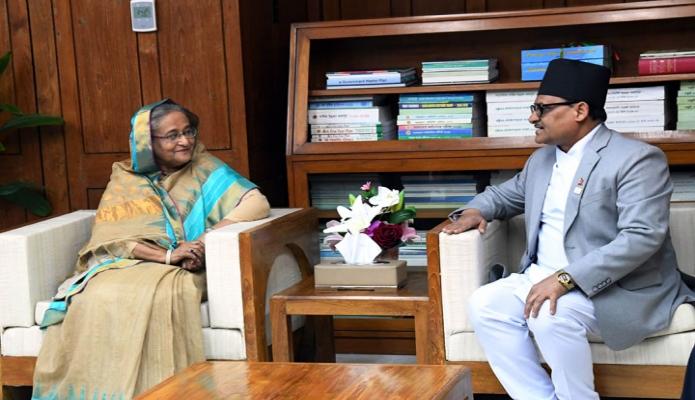 রবিবার প্রধানমন্ত্রী শেখ হাসিনার সাথে জাতীয় সংসদ ভবনে তাঁর কার্যালয়ে বাংলাদেশে নিযুক্ত নেপালের রাষ্ট্রদূত Dr. Banshidhar Mishra  সাক্ষাৎ করেন -পিআইডি