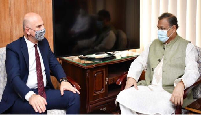 বুধবার তথ্যমন্ত্রী ড. হাছান মাহমুদ এর সাথে সচিবালয়ে তাঁর অফিসকক্ষে তুরস্কেও রাষ্ট্রদূত Mustafa Osman Turan সাক্ষাৎ করেন -পিআইডি
