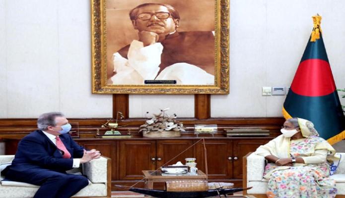 বৃহস্পতিবার প্রধানমন্ত্রী শেখ হাসিনার সঙ্গে গণভবনে স্পেনের রাষ্ট্রদূত 'Francisco de Asis Benitez Salas, সাক্ষাৎ করেন -পিআইডি