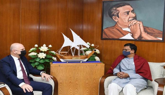 রবিবার নৌপরিবহন প্রতিমন্ত্রী খালিদ মাহমুদ চৌধুরীর সাথে সচিবালয়ে তাঁর অফিসকক্ষে তুরস্কের রাষ্ট্রদূত 'Mustafa Osman Turan, সাক্ষাৎ করেন -পিআইডি