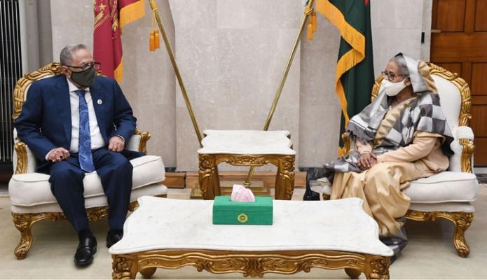 সোমবার রাষ্ট্রপতি মোঃ আবদুল হামিদের সাথে জাতীয় সংসদ ভবনে প্রধানমসন্ত্রী শেখ হাসিনা সাক্ষাৎ করেন -পিআইডি