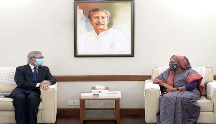 মঙ্গলবার প্রধানমন্ত্রী শেখ হাসিনার সাথে গণভবনে এডিবি-এর কান্টি ডিরেক্টর 'Manmohan Parkash' সাক্ষাৎ করেন -পিআইডি