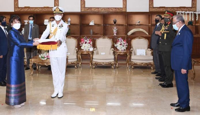মঙ্গলবার রাষ্ট্রপতি মোঃ আবদুল হামিদের কাছে বঙ্গভবনে বাংলাদেশ নিযুক্ত থাইল্যান্ডের রাষ্ট্রদূত 'Makawadee Sumitmor, পরিচয়পত্র পেশ করেন -পিআইডি