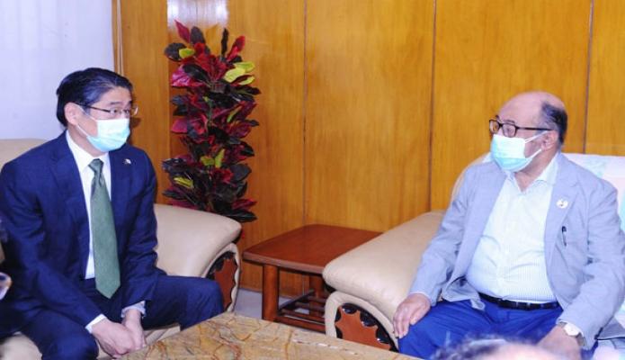 বুধবার শিল্পমন্ত্রী নূরুল মজিদ মাহমুদ হুমায়ূন এর সাথে সচিবালয়ে তাঁর অফিসকক্ষে জাপানের রাষ্ট্রদূত 'Ito Naoki, সাক্ষাৎ করেন -পিআইডি