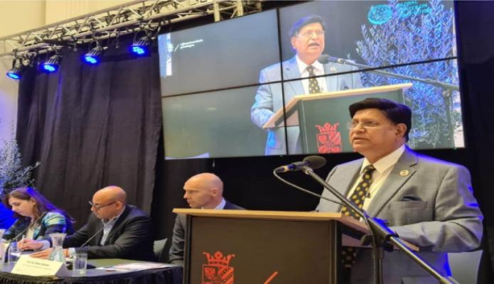 বুধবার পররাষ্ট্রমন্ত্রী ড. এ কে আব্দুল মোমেন নেদারল্যান্ডন্সের 'University of Groningen, এ বক্তৃতা করেন -পিআইডি