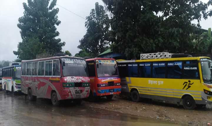 থানচি-বান্দরবান সড়কে যান চলাচল বন্ধ